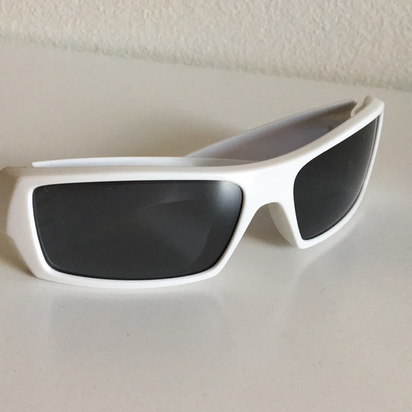 8007a29dd06 ... reduced oakley fuel cell white sunglasses 74bcb 5f6fb